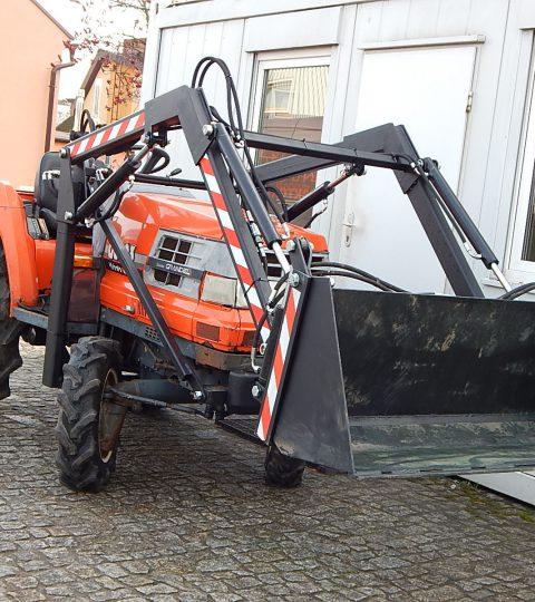 Voorlader Kubota GL23 Kubota B 1500 Kubota B1-15 Iseki TU 1500